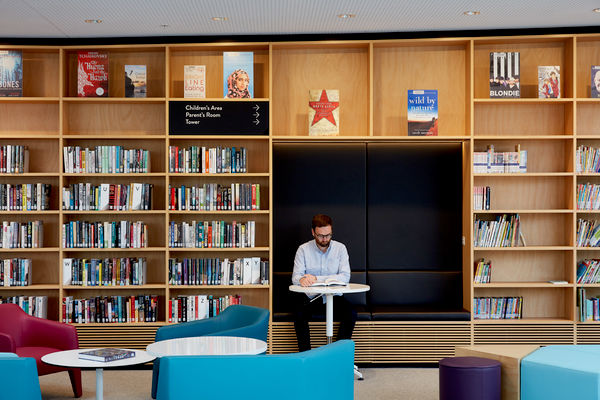 Green Square Library, designed by Stewart Hollenstein | Photography by Tom Roe