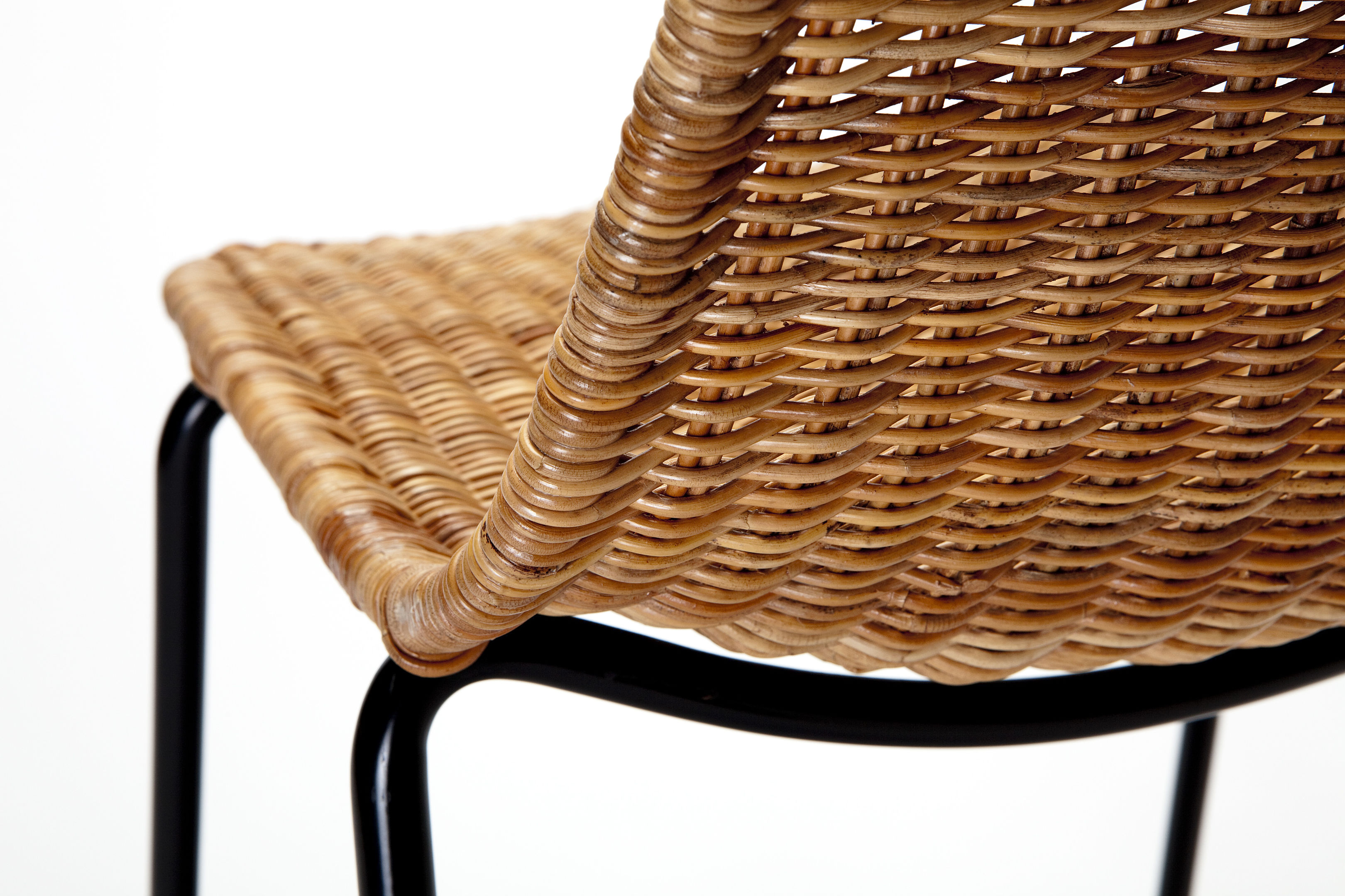 by product kettal dwell basket chair collection large