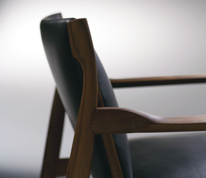 Claude Easy Chair 3