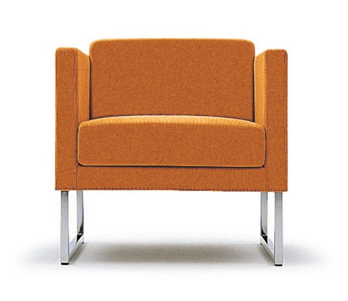 Compact Armchair 3