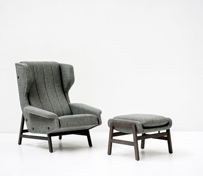 Tacchini Design Classics | Giulia Armchair designed by Gianfranco Frattini