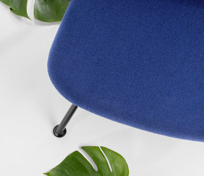 strain_easy_chair_detail_1.jpg