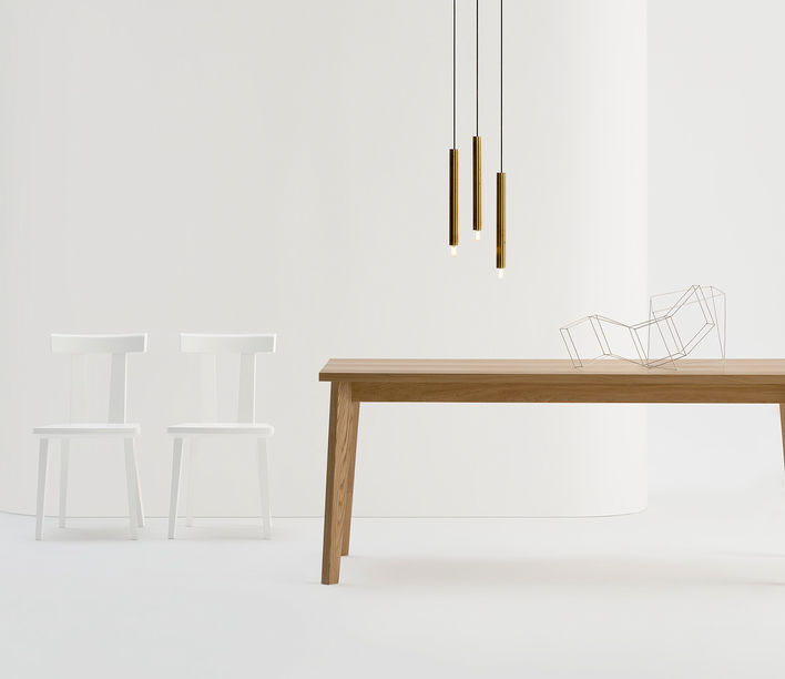 T Table by Sipa