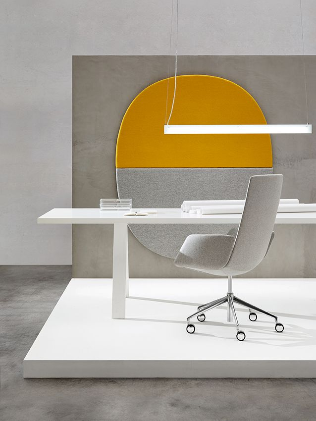 Catifa Sensit Executive by Lievore Altherr Molina