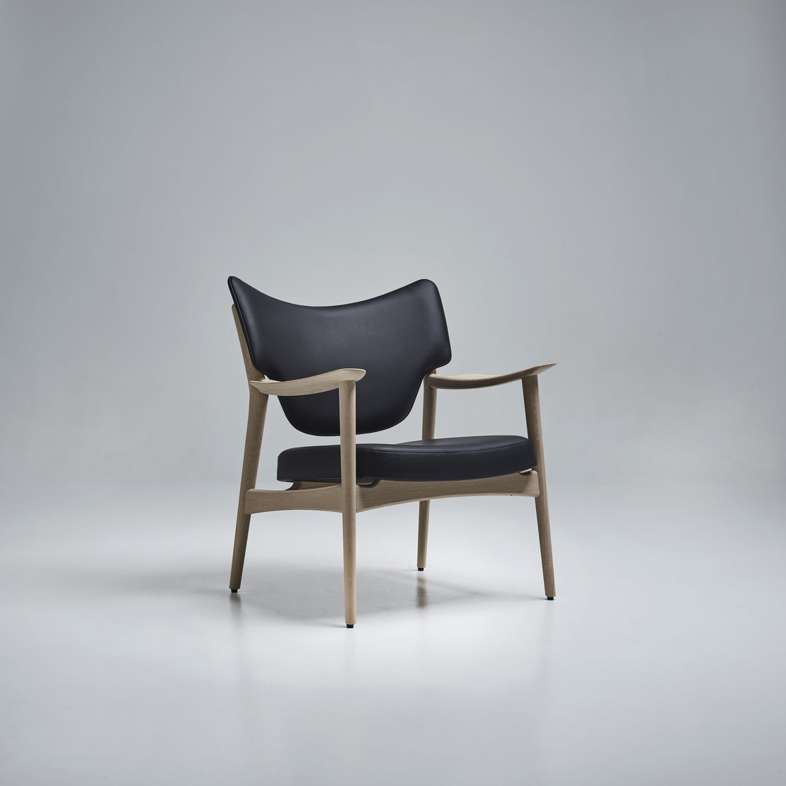 Eikund | Veng Lounge Chair | Available exclusively from Stylecraft